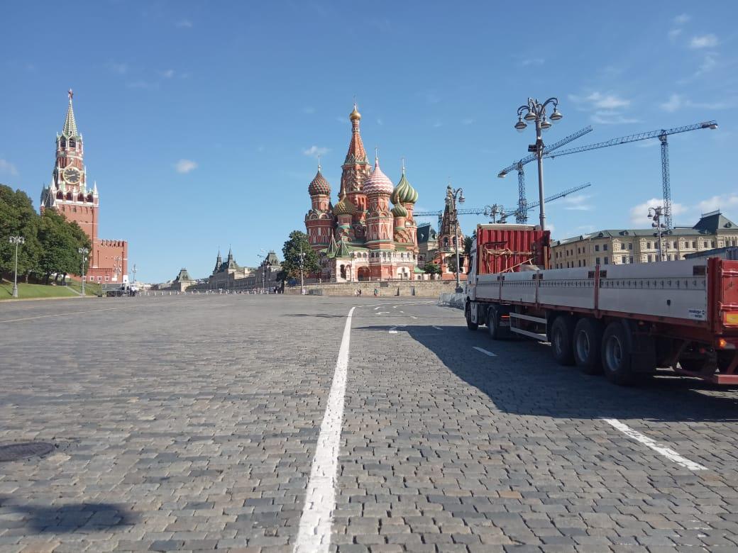 Строительные перевозки по Москве и области на длинномере
